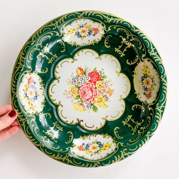 Vintage Floral Tin Style Green Patterned Plate